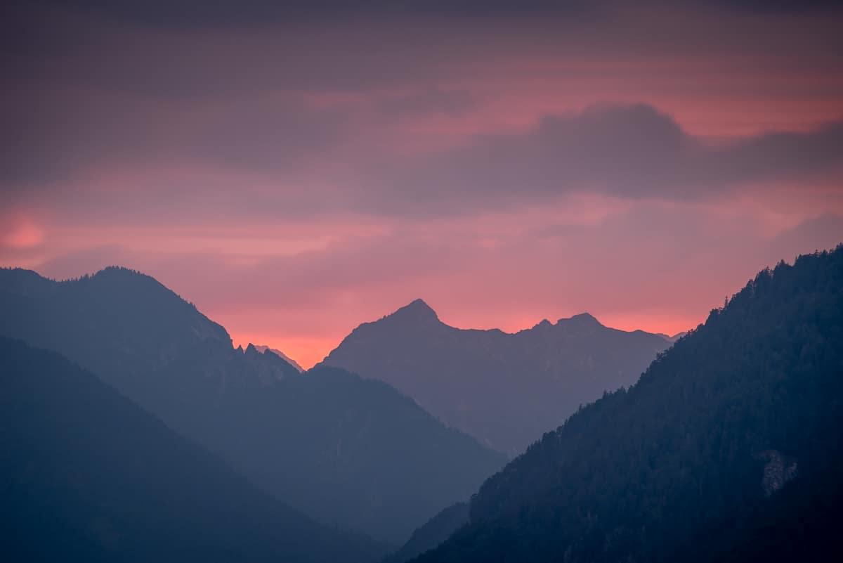 Johannifeuer über Garmisch-Partenkirchen, Der Himmel zeigt schon mal wie es gehen könnte